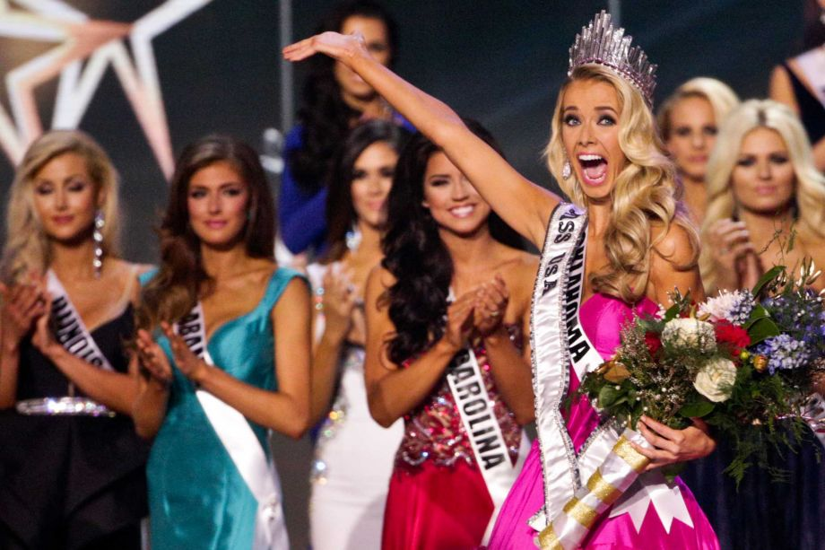 Congratulations To The Newly Crowned Miss USA 2015